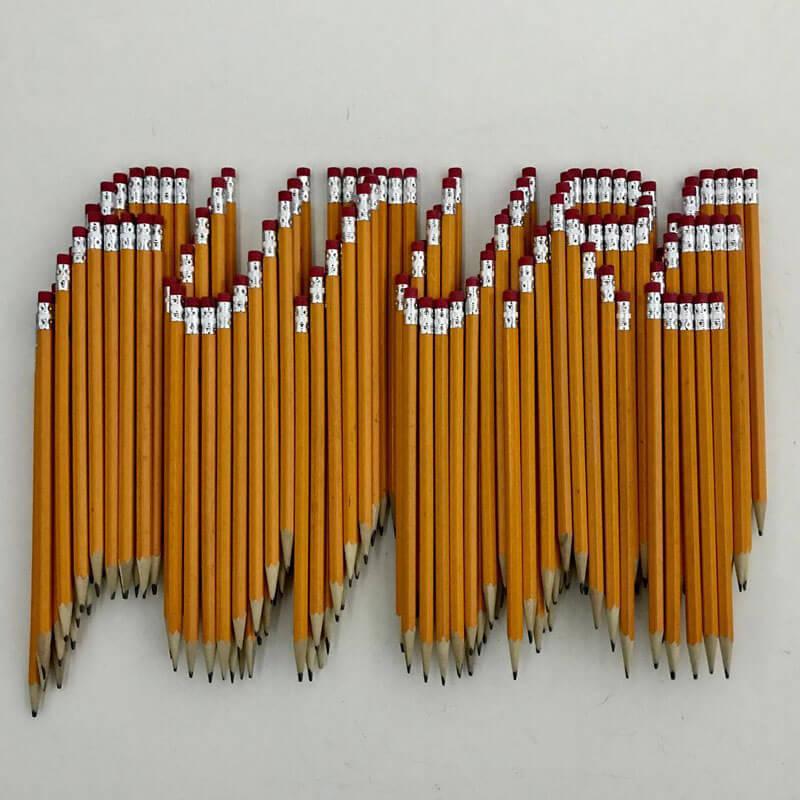 Arte criada a partir da pilha de lápis por Bashir Sultani