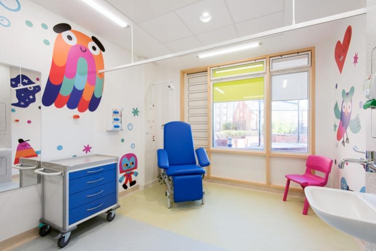 Encher hospitais com arte reduz o estresse, a ansiedade e a dor do paciente