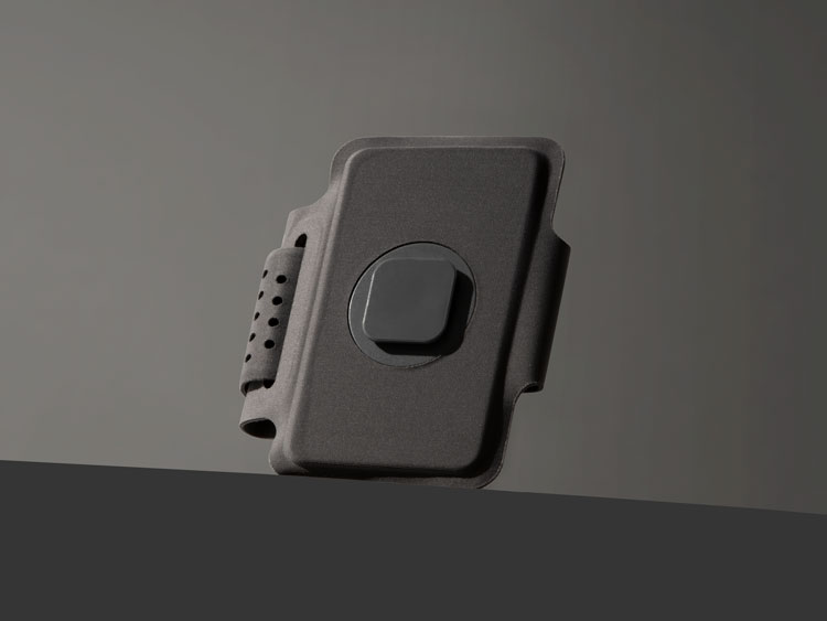"Esta marca de tecnologia visa a ""cultura descartável"" de acessórios para telefone"